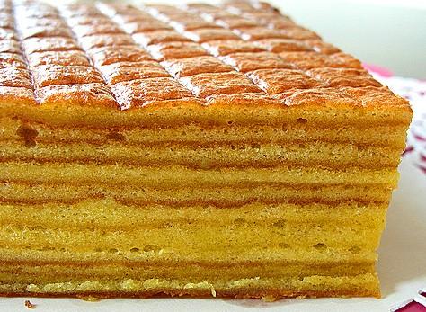1412768777_indonezijskij-sloistyj-tort-kek-lapis